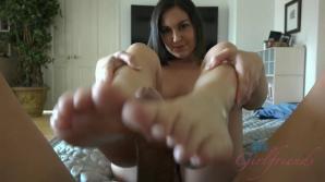 After a BJ/HJ/FJ , cumming on her tits is a great reward